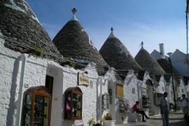Alberobello - 老板我真的没有从你家房顶偷砖